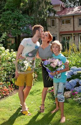Жанна с сыновьями Потапом и Ефимом