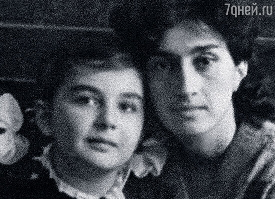 Моя супруга Ирина с дочерью от первого брака Мариночкой