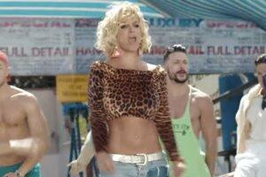 Бритни Спирс сильно похудела в новом клипе благодаря ретушерам