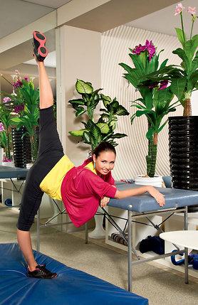 «К родам я подошла, как к Олимпийским играм, которые в моей жизни так и не случились. Училась правильно дышать, делала специальные упражнения и даже разработала свой комплекс»