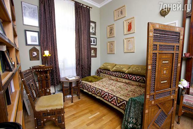 Спальня в квартире Александра Васильева