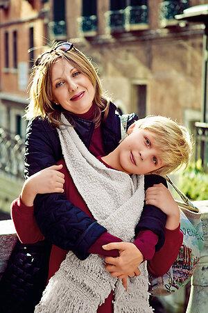 Елена Яковлева с сыном, 2003 год