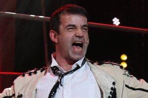Эксклюзив: Дмитрий Певцов сел на шпагат на юбилее «Ленкома»