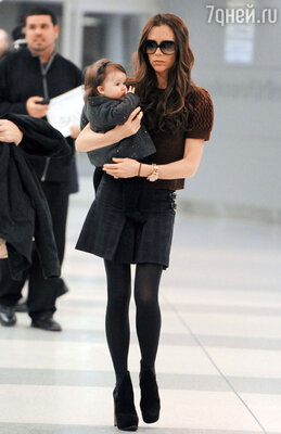 Виктория Бэкхем с дочерью