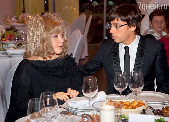 С Максимом Галкиным насвадьбе Игоря Николаева и Юлии Проскуряковой. 2010 г.
