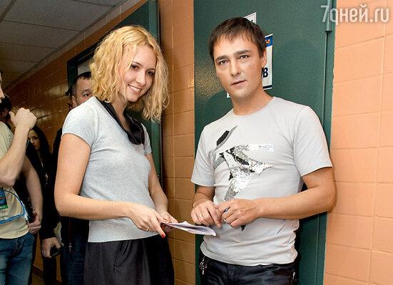 Юрий Шатунов с поклонницей