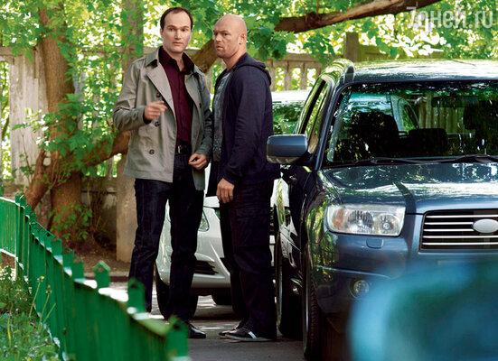 Егор Баринов в телефильме «Товарищи полицейские» (с Владиславом Деминым). 2011 г.