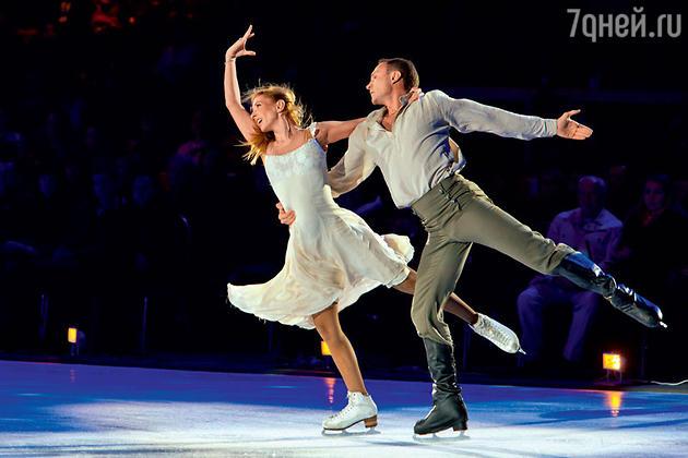 Олимпийские чемпионы Турина Татьяна Навка и Роман Костомаров