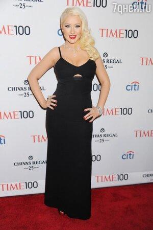 Кристина Агилера вновь удивила всех своими метаморфозами на мероприятии Time 100 Gala в апреле 2013 года