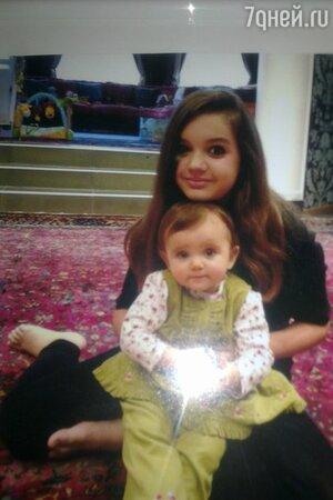 Саша и Тоня - дочери певицы Славы