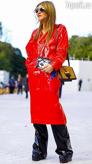 Анна Делло Руссо на показе Louis Vuitton