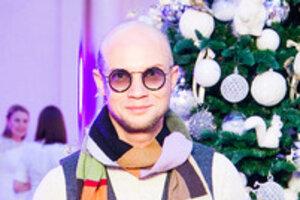 Басков и Хрусталев подарили детям рождественскую сказку