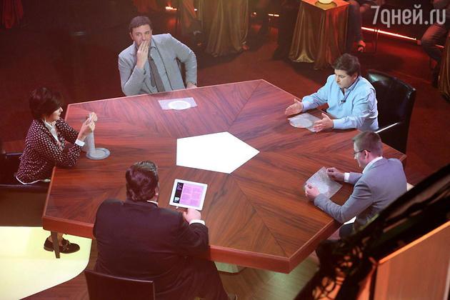 На СТС стартовало интеллектуально-развлекательное шоу «Большой вопрос»
