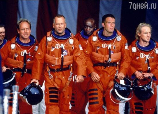 В фильме «Армагеддон», вышедшем в 1998 году, был занят замечательный актерский состав