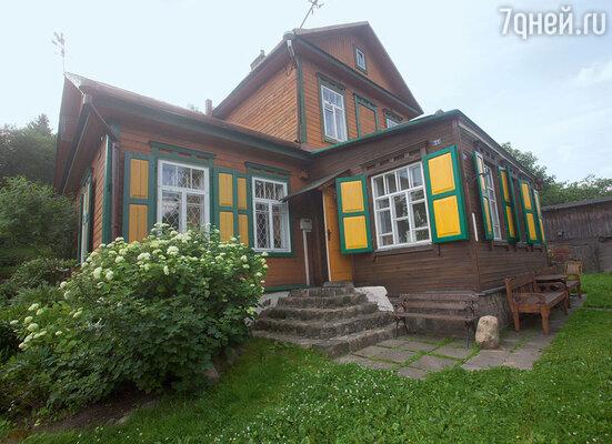Этому дому — 101 год!