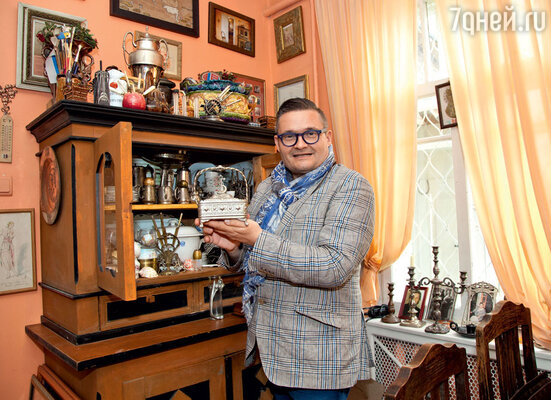 Посеребренная сахарница была куплена водном из антикварных магазинов Варшавы