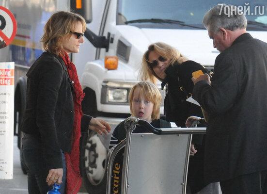 Джоди Фостер наконец-то определилась в своих предпочтениях, встретив Сидни Бернард, с которой захотела создать настоящую семью