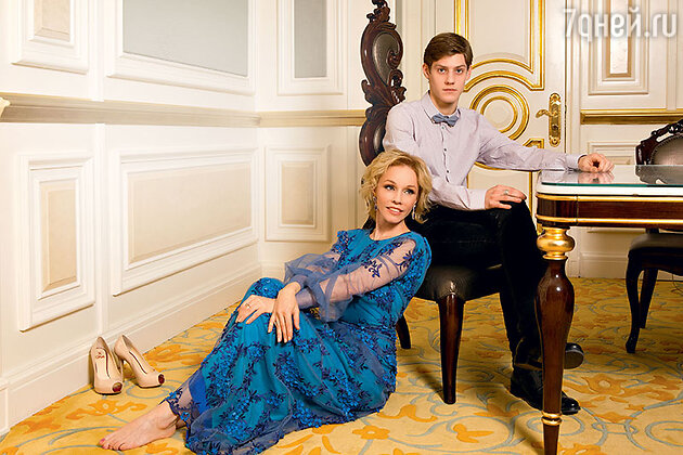 Марина Зудина  с сыном Павлом