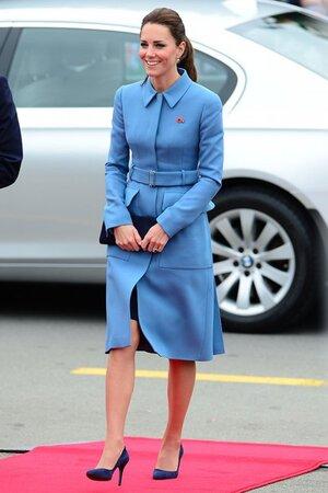 Кейт Миддлтон в наряде от Alexander McQueen