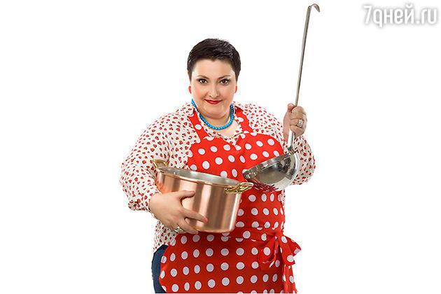 Шеф-повар Лара Кацова в кулинарной программе «Домашняя кухня»