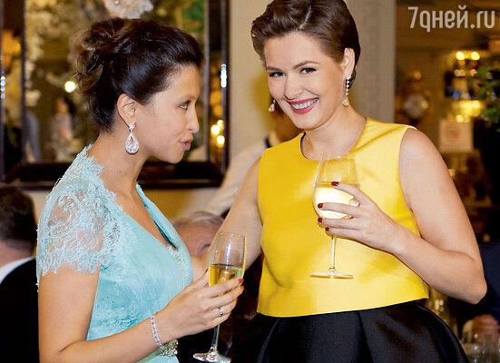 Юбилярша и Мария Кожевникова