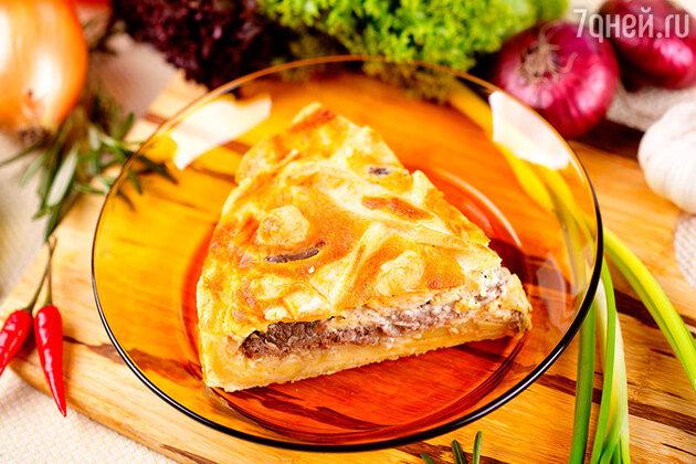Мясной пирог с луком-пореем