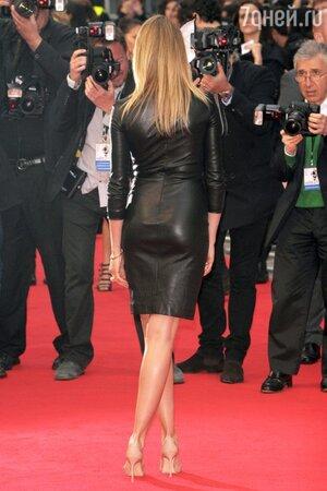 Камерон Диаз в платье от The Row, в босоножках от Manolo Blahnik на премьере фильма «Другая женщина»