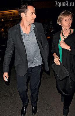 Хью Джекман с матерью Грейс. 2012 г.