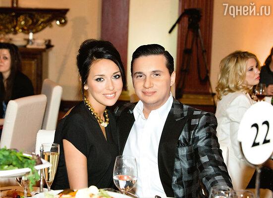 С мужем Яном Абрамовым