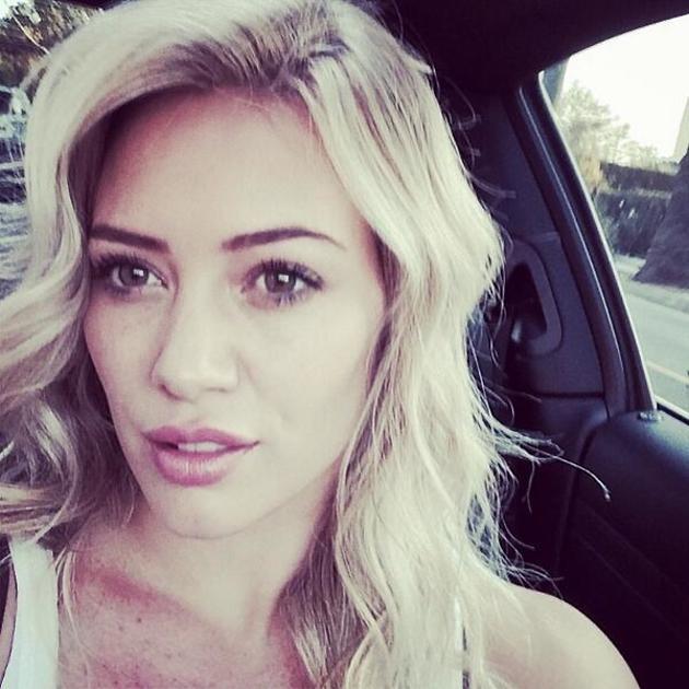Хилари Дафф стала платиновой блондинкой