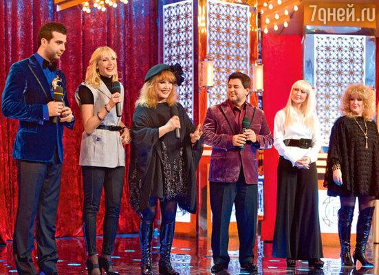 В новогоднем выпуске шоу Алла Пугачева и Кристина Орбакайте встретятся со своими «копиями» в исполнении Елены Матюшенко и Светланы Галки