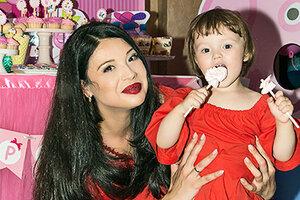 Звезда «Дома-2» Инна Воловичева отметила день рождения дочери