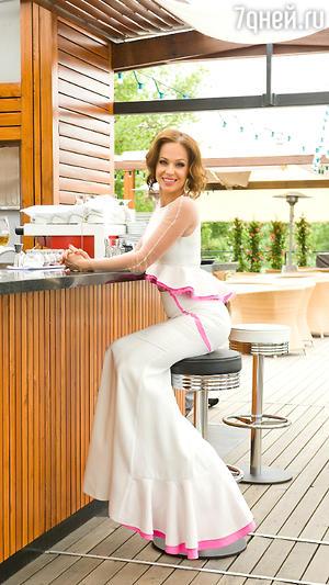 Ирина Медведева в белом платье от Alina German