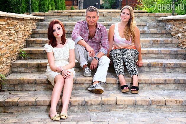 Леонид Агутин с дочерьми Полиной и Лизой