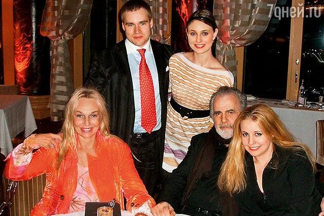 Наталья Андрейченко, Димитрий Дунаевский и его жена Амелина, Максимиллиан Шелл с женой