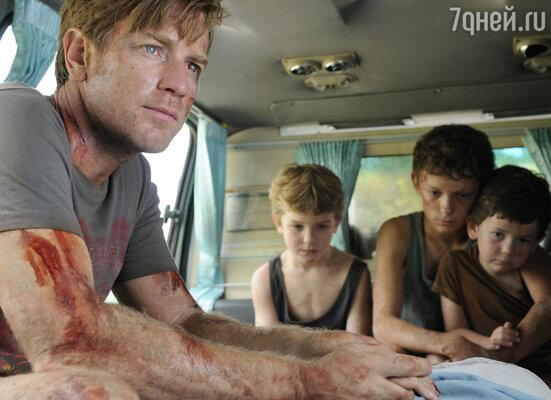 Кадр из фильма «Невозможное»