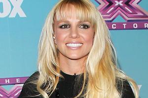 Бритни Спирс лишилась волос во время выступления в Лас-Вегасе