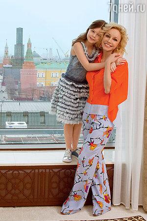 Марина Зудина с дочерью Машей