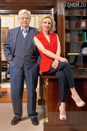 Олег Табаков с женой Мариной Зудиной