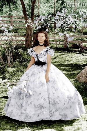 Интересной деталью этого платья Вивьен Ли стала отделка на корсете