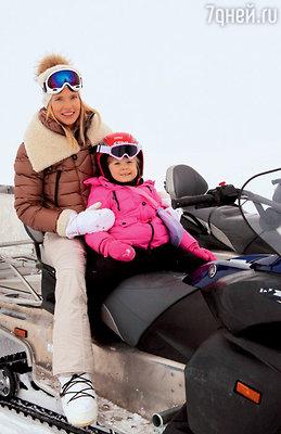 Наталья Чистякова-Ионова со старшей дочерью Лидой