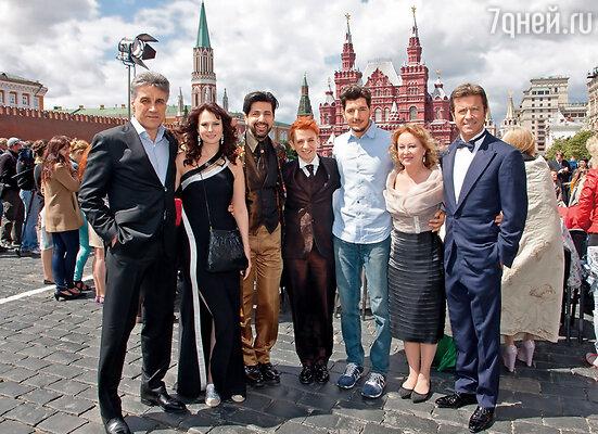 Съемочная группа фильма «Любовь прет-а-порте» на Красной площади
