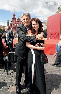 С мужем Алексеем Пимановым