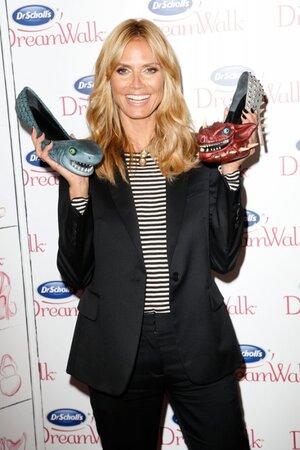 Хайди Клум на презентации необычной линии обуви