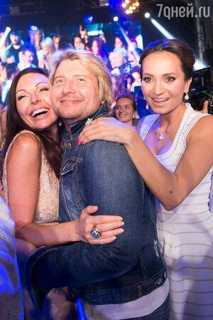 Басков с невестой Софией и Наталья Бочкарева