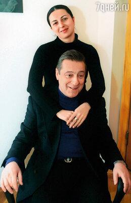 Алиса — единственная дочка Геннадия Хазанова, он в ней души не чает...
