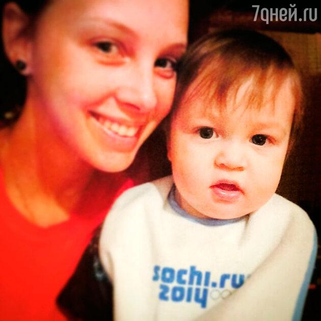 Полина Диброва с сыном Федей