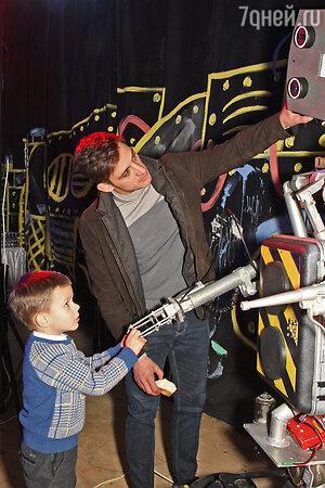 Михаил Башкатов с сыном Тимофеем