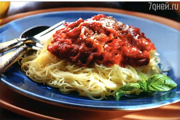 Спагетти с томатным соусом: рецепт основного блюда