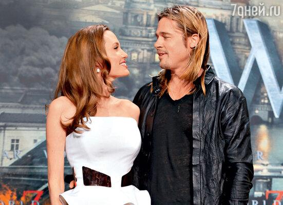 Анджелина Джоли впервые появилась на публике после перенесенных операций на премьере фильма Брэда Питта «Война миров Z»